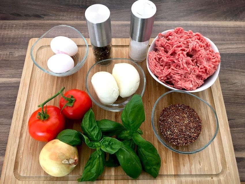Zutaten für Low Carb Burger mit Mozzarella und Tomate
