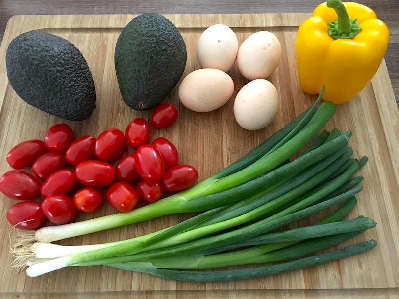 Zutaten für Avocadoauflauf mit falschem Kern
