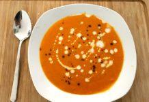 Kürbissuppe mit Kokosmilch und Ingwer