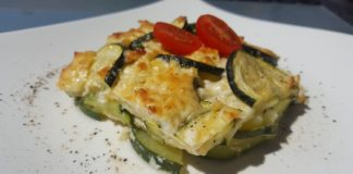 Low Carb Zucchini Feta Auflauf